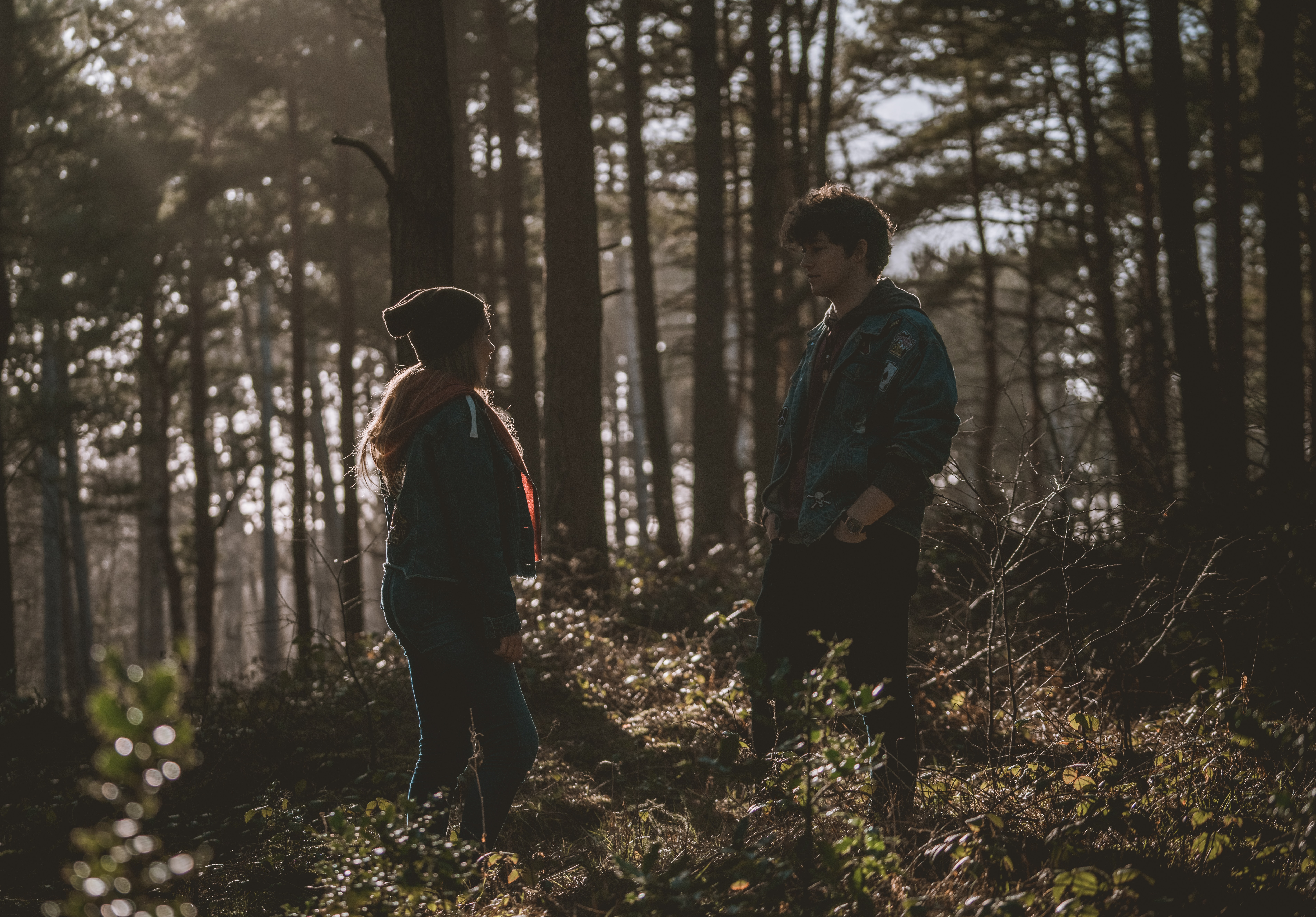 lingering handshake flirting