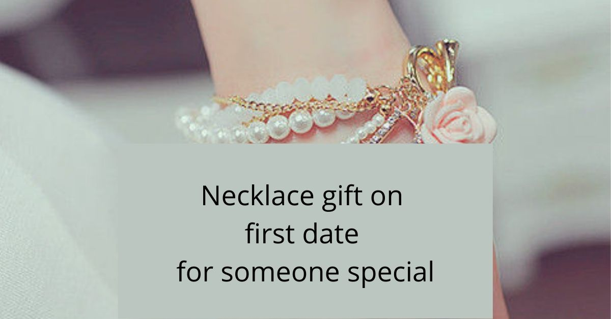 Besides-Flower-gift-nechlace